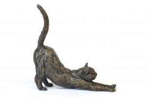 Stretching Cat sculpture, right side view