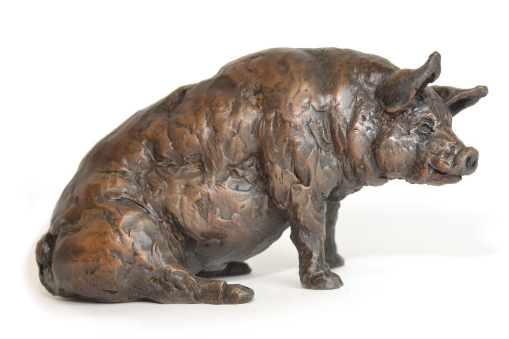 Sitting Pig sculpture right side view