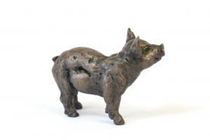 Piglet sculpture - right side view