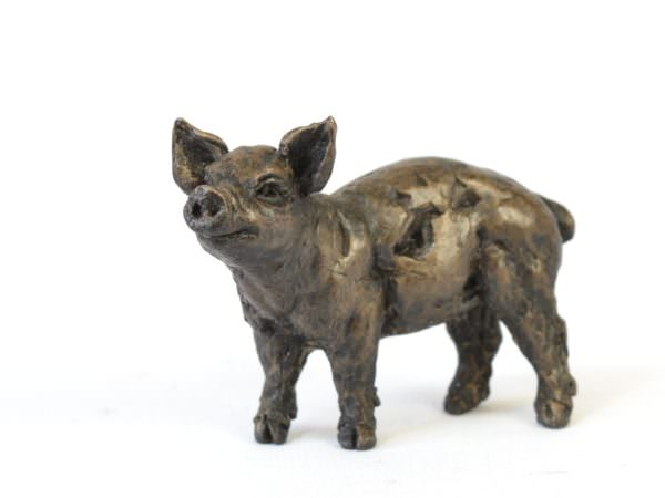 Piglet sculpture - front quarter left view