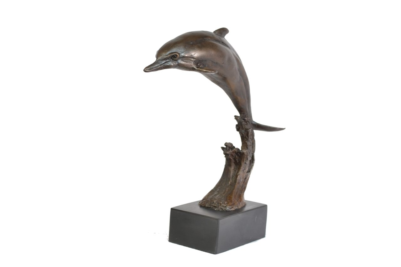 Dolphin sculpture - quarter left view