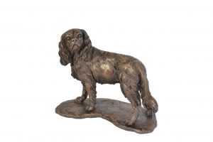 Cavalier King Charles Spaniel, Standing sculpture - front view