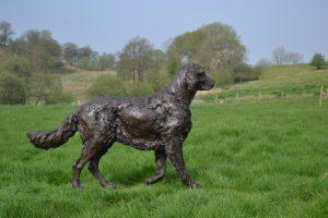 Walking English Setter Sculpture