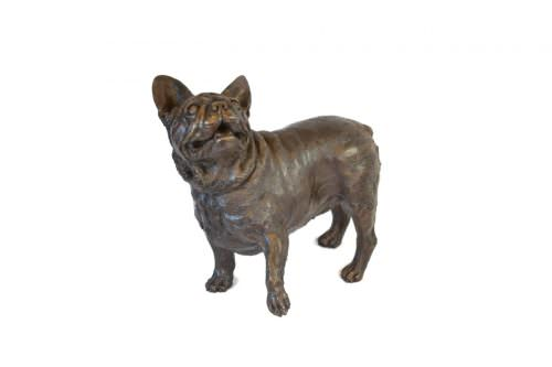 FRENCH BULLDOG LIFTING PAW SCULPTURE