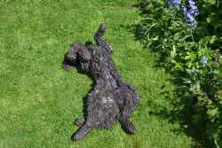WIGGLING SPANIEL SCULPTURE
