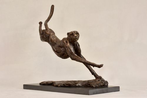 RUNNING CHEETAH SCULPTURE