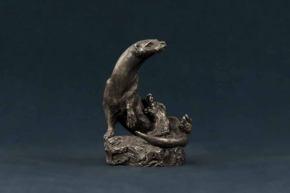 otter and cub statue