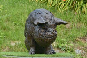 Life size Bronze Pig