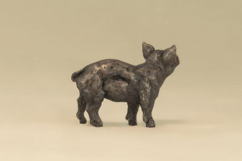 LITTLE PIGLET SCULPTURE
