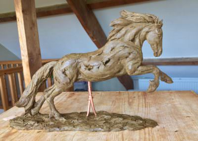 Cob horse sculpture modelling bringing it all together