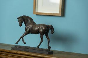 Mantlepiece horse statue
