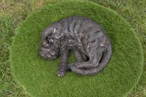 curled cat statue bronze resin