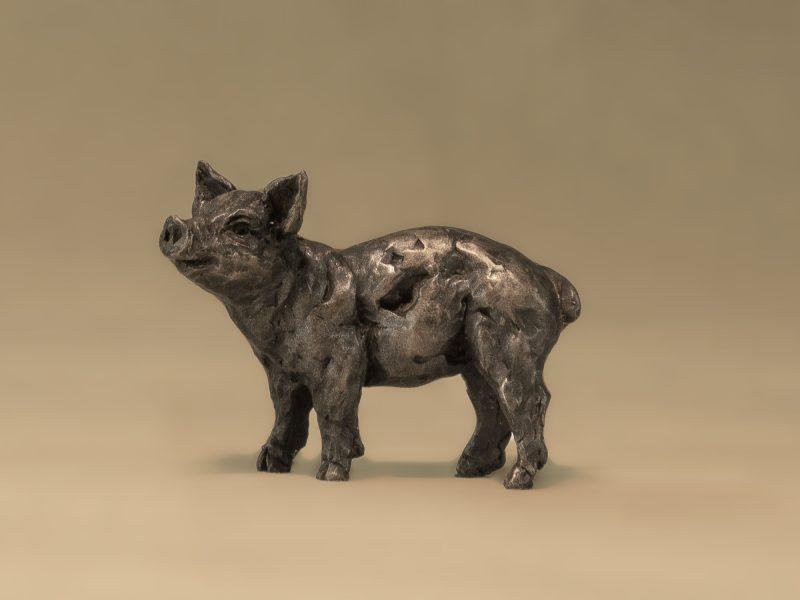 bronze piglet sculpture