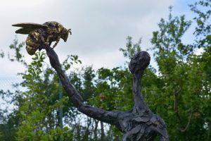 bronze bee statue