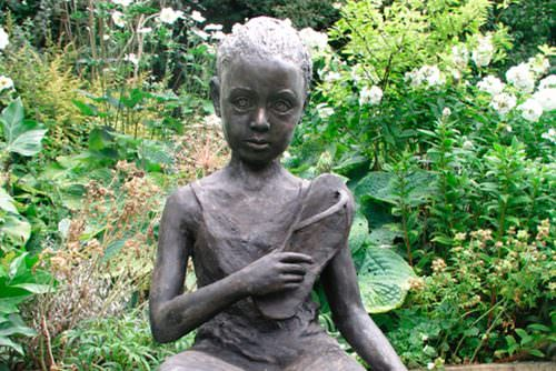 'LOST AT WAR' ERITREAN GIRL SCULPTURE