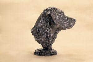 Labrador portrait statue