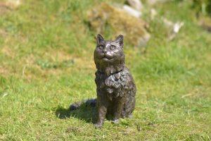 bronze resin cat sculpture