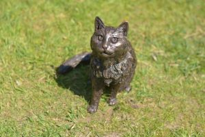 bronze resin cat statue