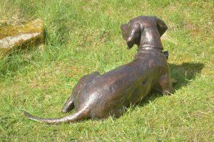 bronze speagle statue