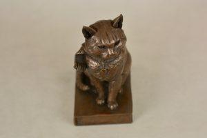 A STREET CAT NAMED BOB SCULPTURE